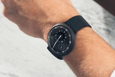 Ressence Type 2 е умен часовник, който може да сложите на китката срещу само 48 000 долара (ВИДЕО)