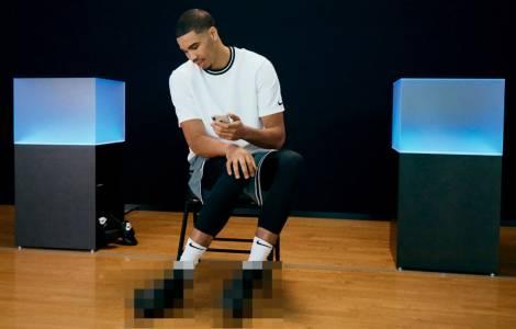 Новите маратонки на Nike се връзват от смартфона ви