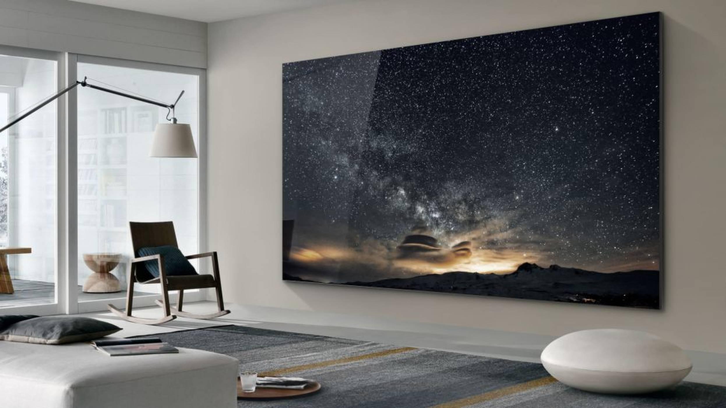 Samsung пренаписва историята с чудовищен 219-инчов телевизор