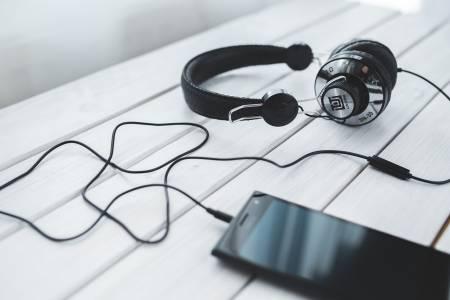 5 лесни начина за страхотен звук от вашия смартфон