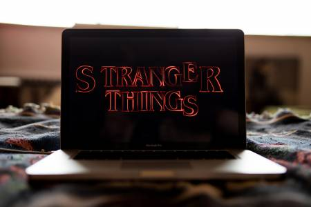 The Walking Dead и Stranger Things са най-желаните сериали по цял свят за 2018 г.