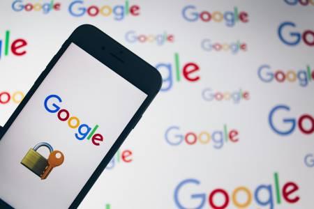 Най-добрият ловец на бъгове за Google си отвори ресторант с парите