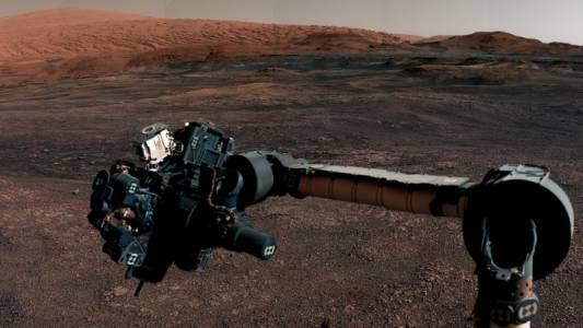 Curiosity напусна марсианския си дом със спираща дъха панорама (ВИДЕО)