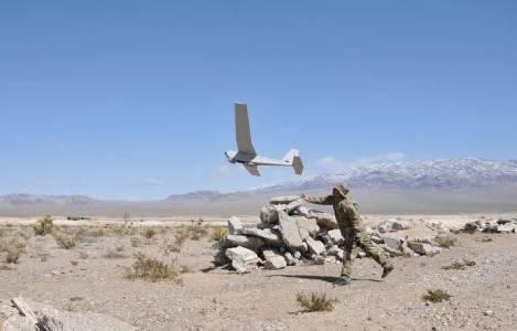Тръмп ще пази границата с виртуална ограда и дронове