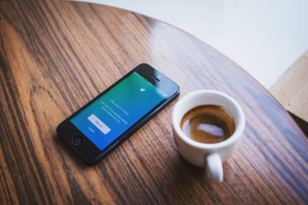 Twitter трие, но не забравя: изтритите ви съобщения се пазят с години