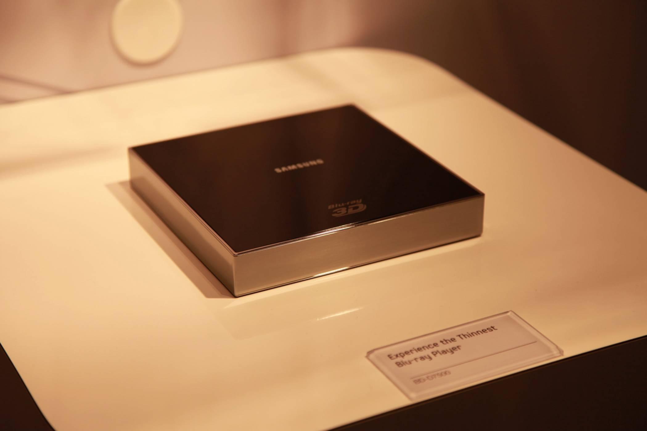 Samsung вдигна бялото знаме: спира Blu-ray плейърите