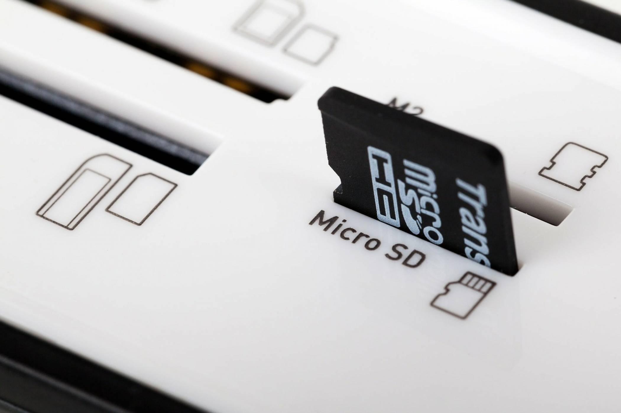 Събери всичко в първата 1 ТВ карта памет от SanDisk и Micron