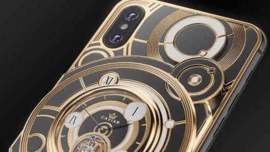Лимитирана iPhone XS версия идва с вграден механичен часовник. Цената е швейцарска (СНИМКИ)