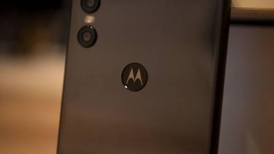 Motorola One Vision с 48МР камера диша във врата на Nokia 9 PureView