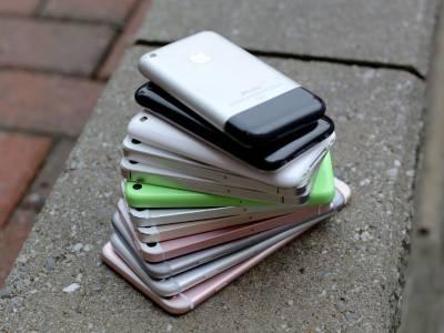 Следващият iPhone ще може да зарежда останалите ви устройства от Apple