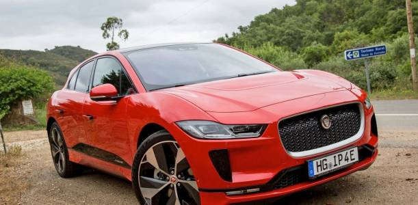 Колите на Jaguar Land Rover ще убиват вируси и микроби