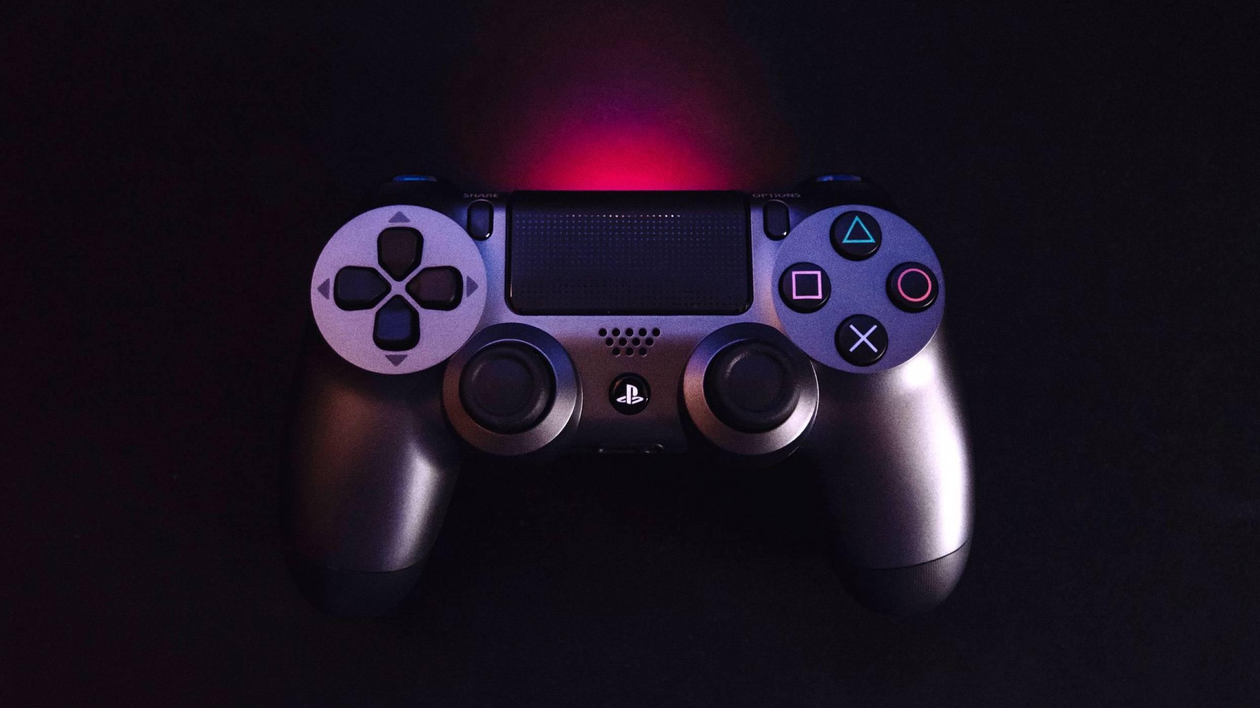В мрежата изтече контролерът на PS5. Изглежда странно (СНИМКА)