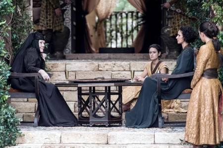 """Китайската цензура превърна """"Игра на тронове"""" в средновековен документален филм"""