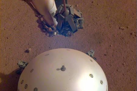 """NASA регистрира първото """"марсотресение"""" (ВИДЕО)"""