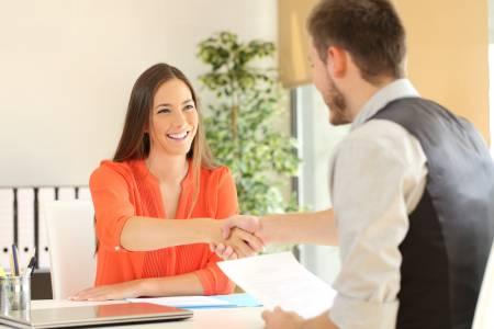 Търсете и кандидатствайте за работа лесно и успешно с тези мобилни приложения