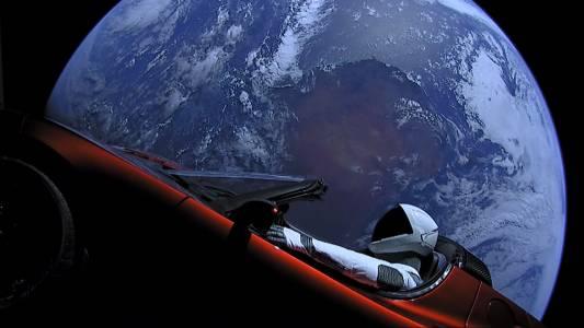 Tesla продължава да губи пари, а Мъск - да е оптимист