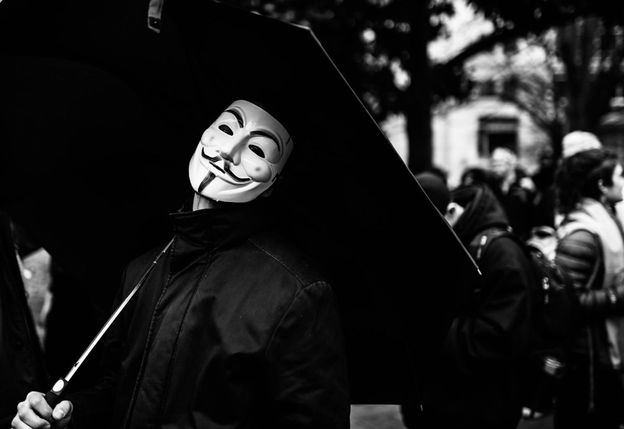 Помните ли Анонимните? Вижте какво става с хактивистите сега
