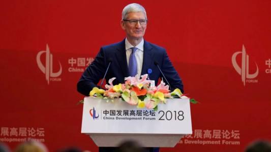 Долу Apple: китайци бойкотират гиганта за сметка на Huawei