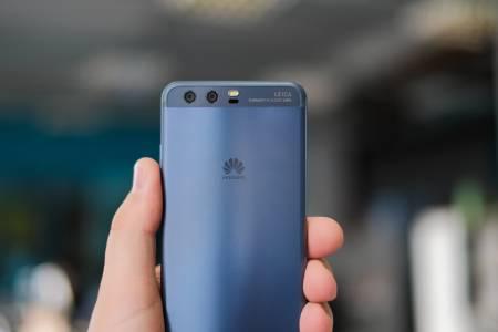 В очакване на неизбежното: Huawei натрупа голям запас от чипове