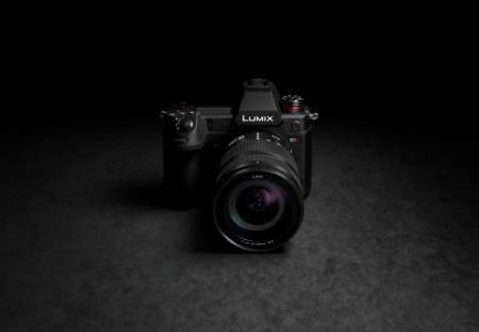 Снимаме 6K видео с новия Panasonic LUMIX S1H