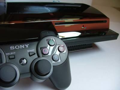 Слънцето ще изгрее и утре: PlayStation и Xbox не се обединяват