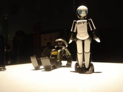 Нов алгоритъм помага на роботи и хора да работят, без да си пречат (ВИДЕО)