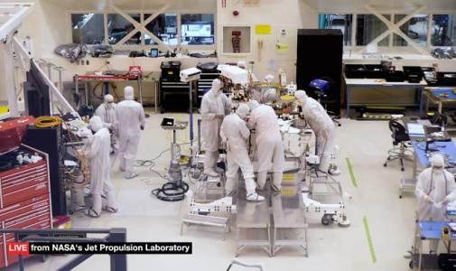 NASA популяризира работата по новия марсоход чрез уеб камера, предаваща на живо