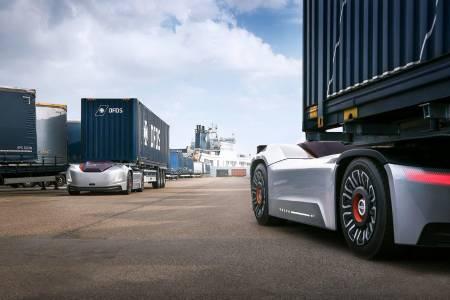 Vera - автономният автомобил на Volvo Trucks заработи в Швеция