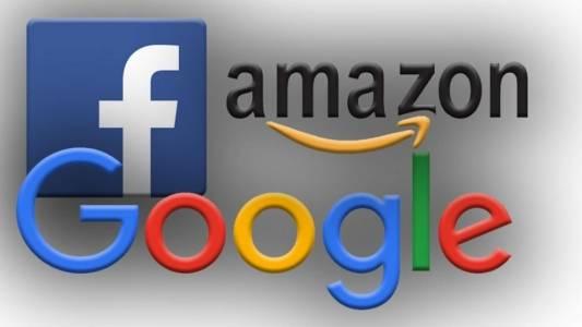 Графика показва влиянието на Google, Facebook и Amazon върху бизнеса в интернет