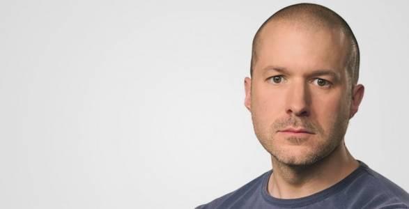 Култът към личността си отиде с Джони Айв, но Apple ще си бъде добре