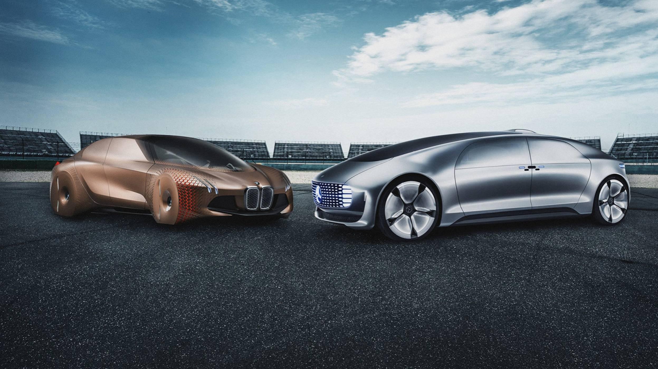 Колите на Mercedes и BMW ще се движат сами по аутобана от 2024 г.