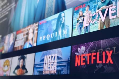 Netflix си открадна нов филм със Скалата и Жената чудо