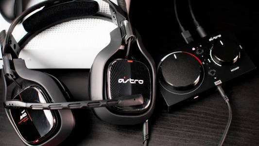 Astro Gaming A40 с MixAmp: бъди DJ на своята лична гейм сесия (РЕВЮ)