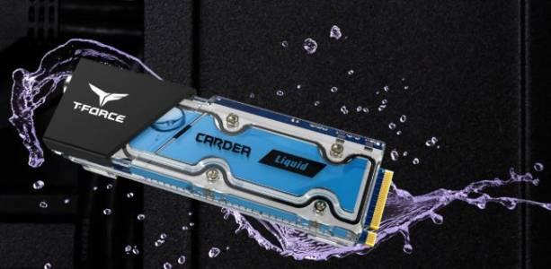 SSD-то, в което трябва да сипвате течност (ВИДЕО)