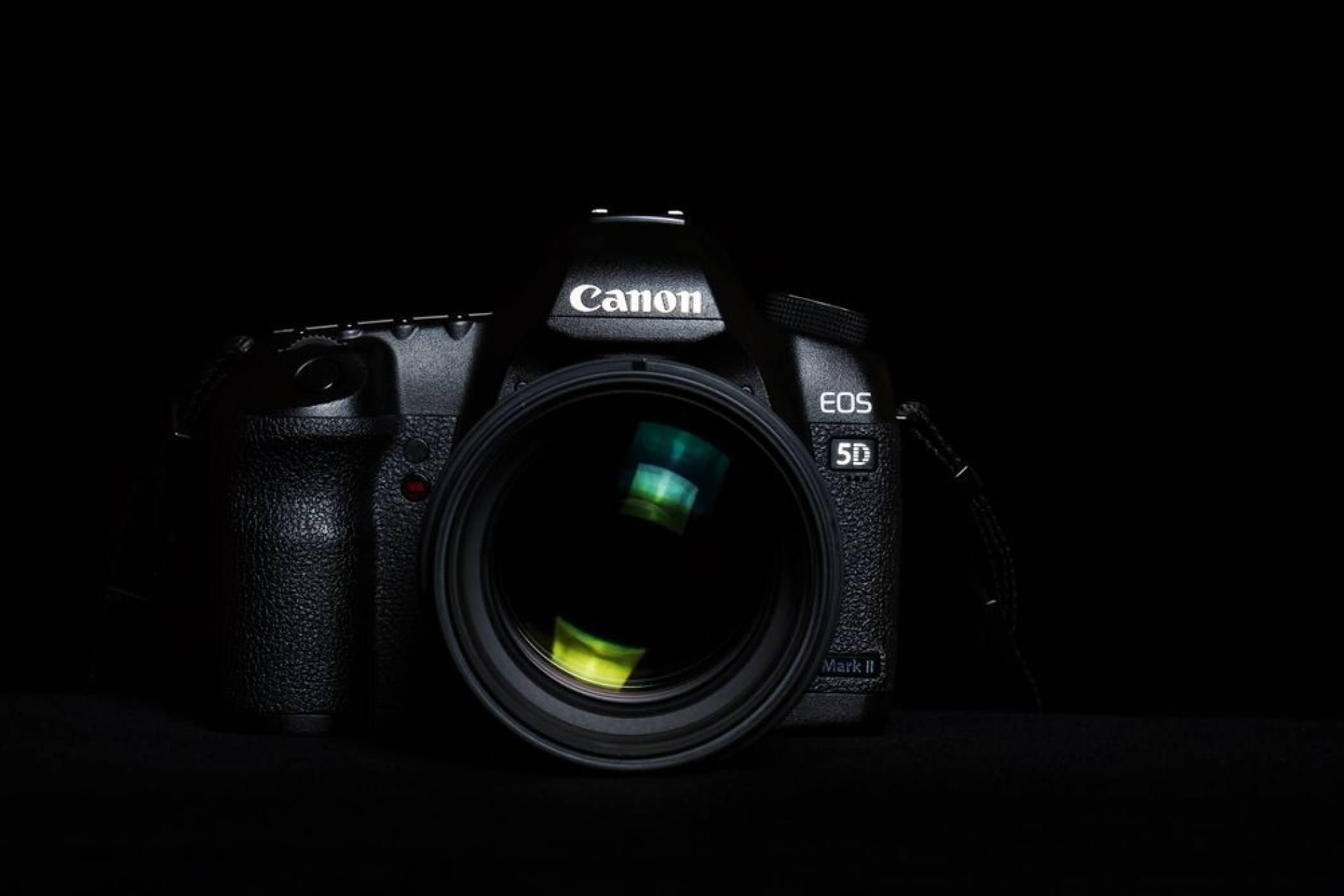 Личният ви фотоапарат ли е следващата мишена на хакерите? (ВИДЕО)
