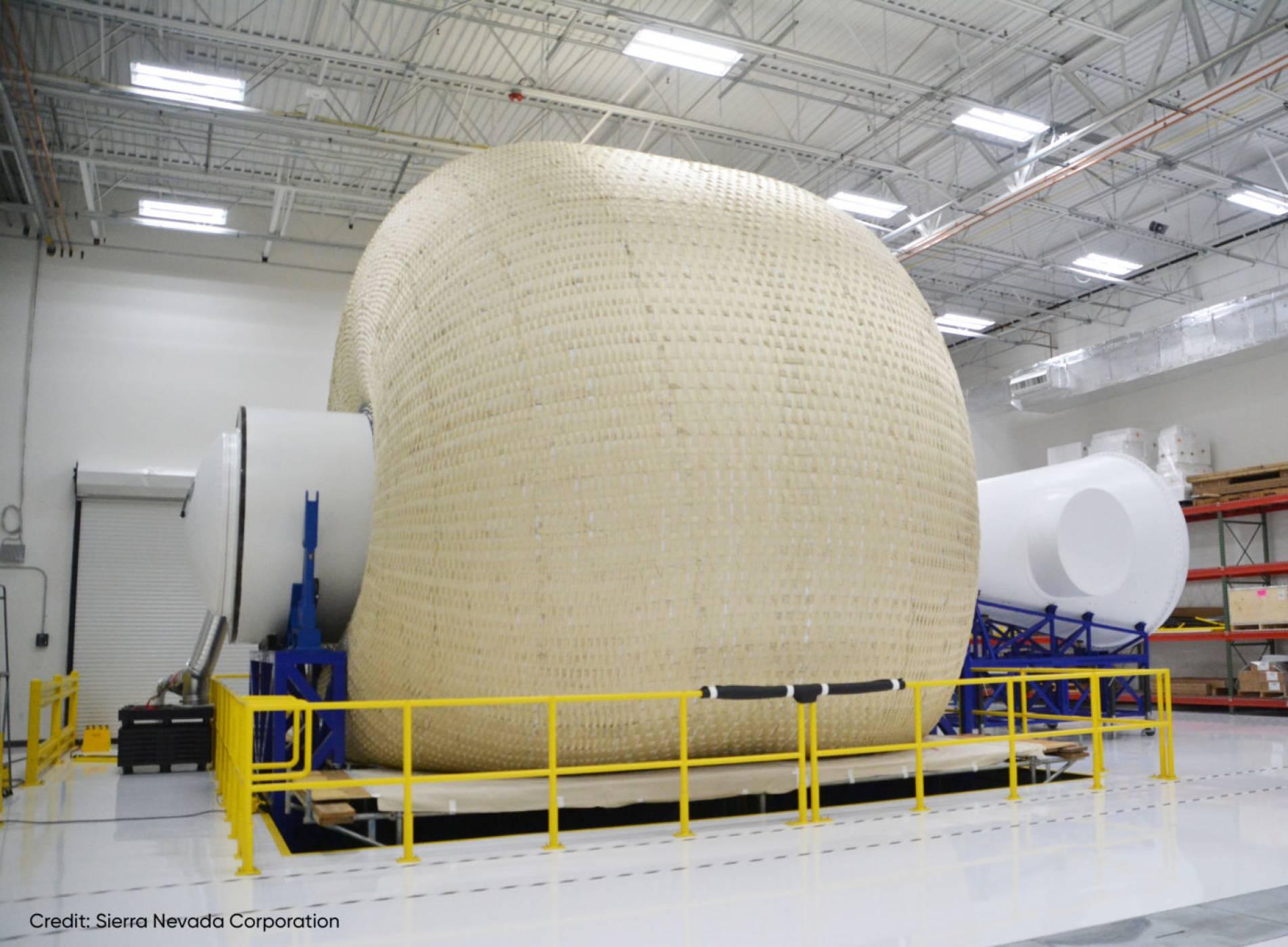 """Разходка до Марс с този космически """"балон"""" (СНИМКИ)"""