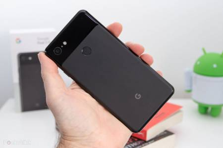 Google Pixel заменя надписа Made in China с Made in Vietnam
