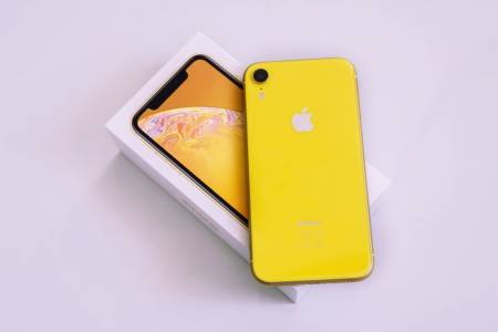 """Вече знаем колко ще е мощен новият """"бюджетен"""" iPhone"""