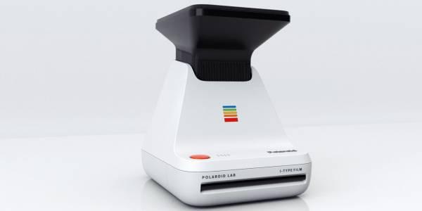 Новата джаджа на Polaroid изкарва снимка на снимка на снимка (ВИДЕО)