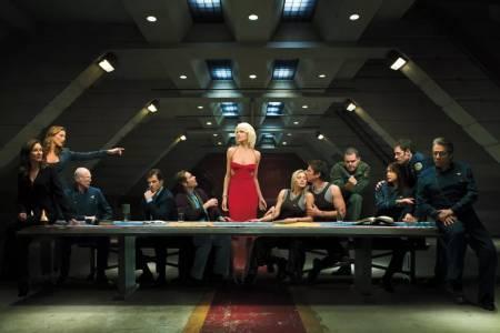 Sci-fi класиката Battlestar Galactica се завръща на екран