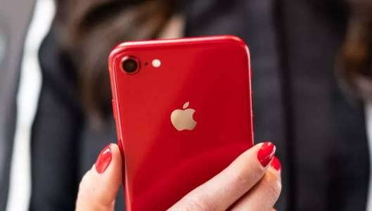 Новият iPhone SE - на вид като iPhone 8, но бърз като iPhone 11