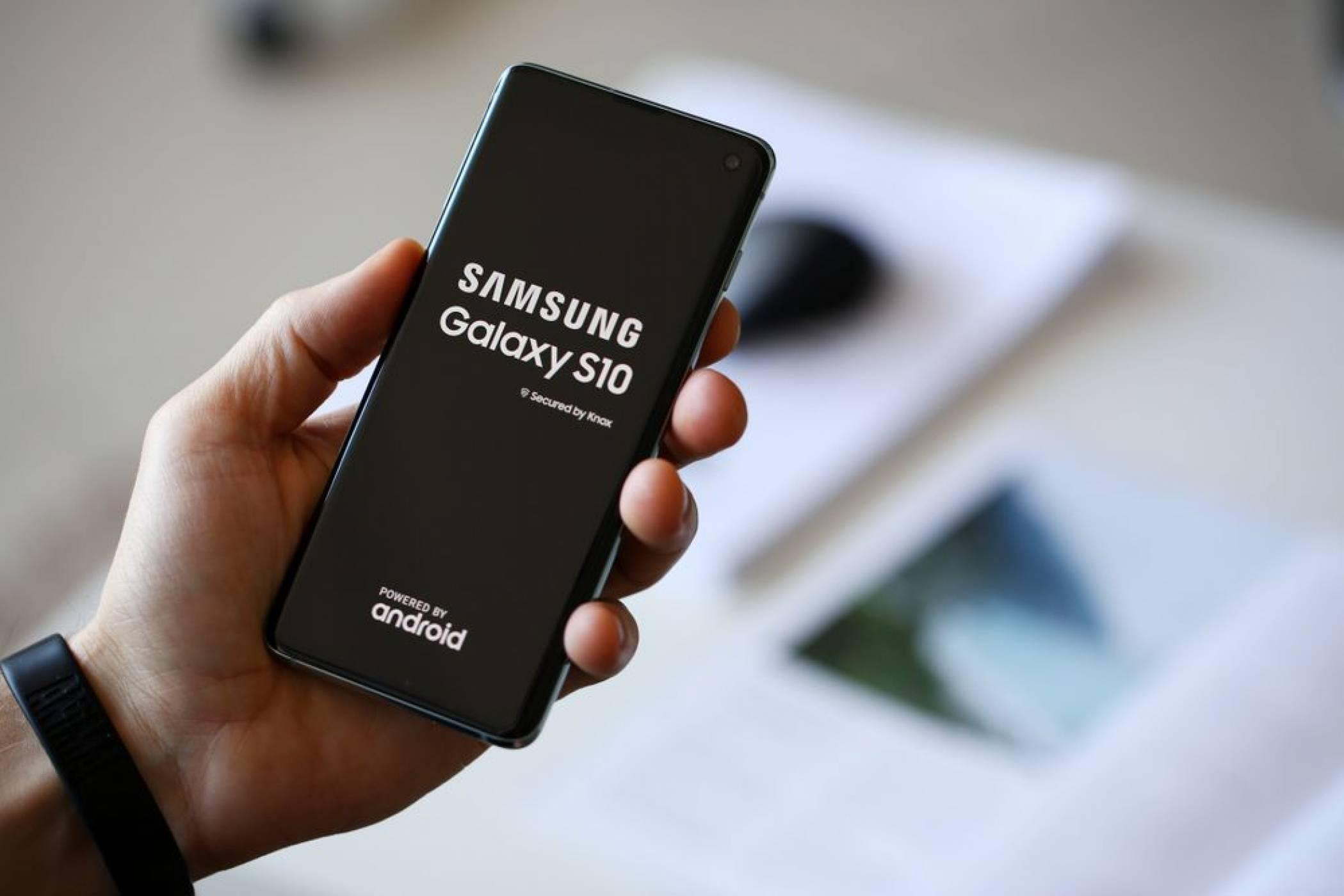 Android 10 за Samsung Galaxy S10 пристига веднага. За съжаление с уловка
