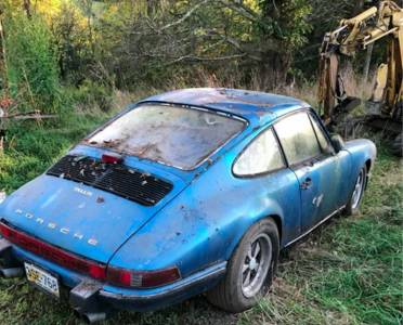 Откриха уникално Porsche 911 от 1967 г. в изоставена плевня