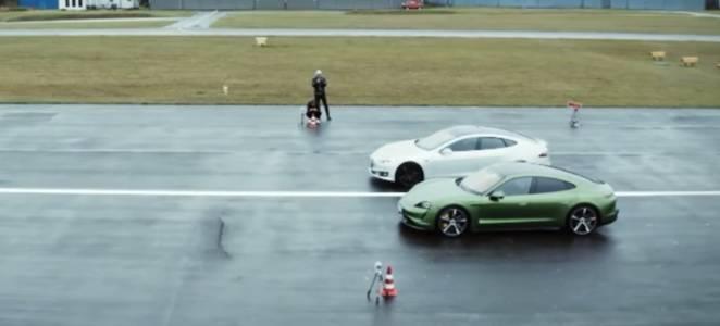 Porsche Taycan би Tesla Model S в директен сблъсък (ВИДЕО)