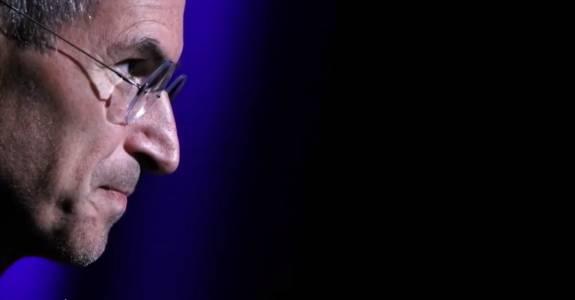 Уникалната история около създаването на iPhone. И не, Стив Джобс не е неговият създател (ВИДЕО)