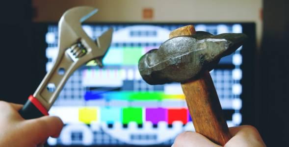 Как да калибрирате телевизора си без допълнителен хардуер?