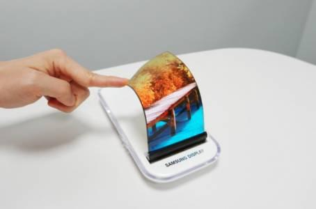 Samsung Display със стабилна инжекция към Apple?