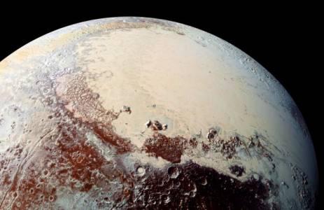 NASA готви продължително завръщане на Плутон