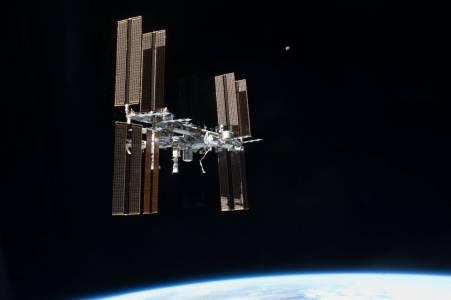 Международната космическа станция може да живее по-дълго в орбита