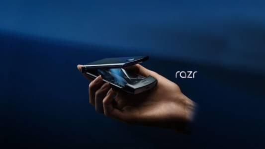 Motorola RAZR 2019 – правилният сгъваем телефон?